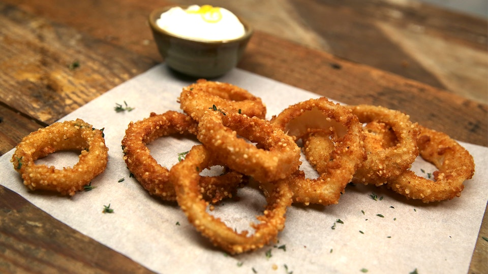 Sep 01,  · In a bowl mix together the coating mixture, then place into a shallow dish (a shallow dish makes for easier coating of the rings). Dip/coat the onion rings into the buttermilk mixture. Then coat generously into the dry coating mixture. Fry briefly in hot oil (turning once) until onion rings are lightly brown on both sides. Delicious!5/5(24).