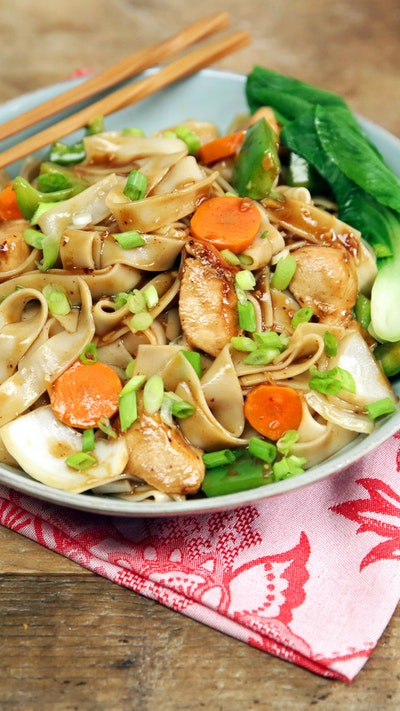 Chicken and Black Bean Noodles