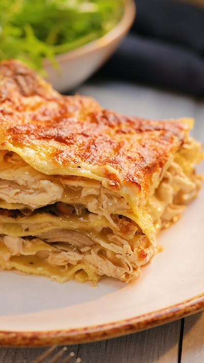 Whole Clove Garlic Chicken Lasagna