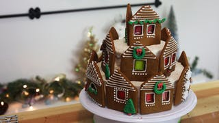 Gingerbread-House-Cake_thumbnail-l.png