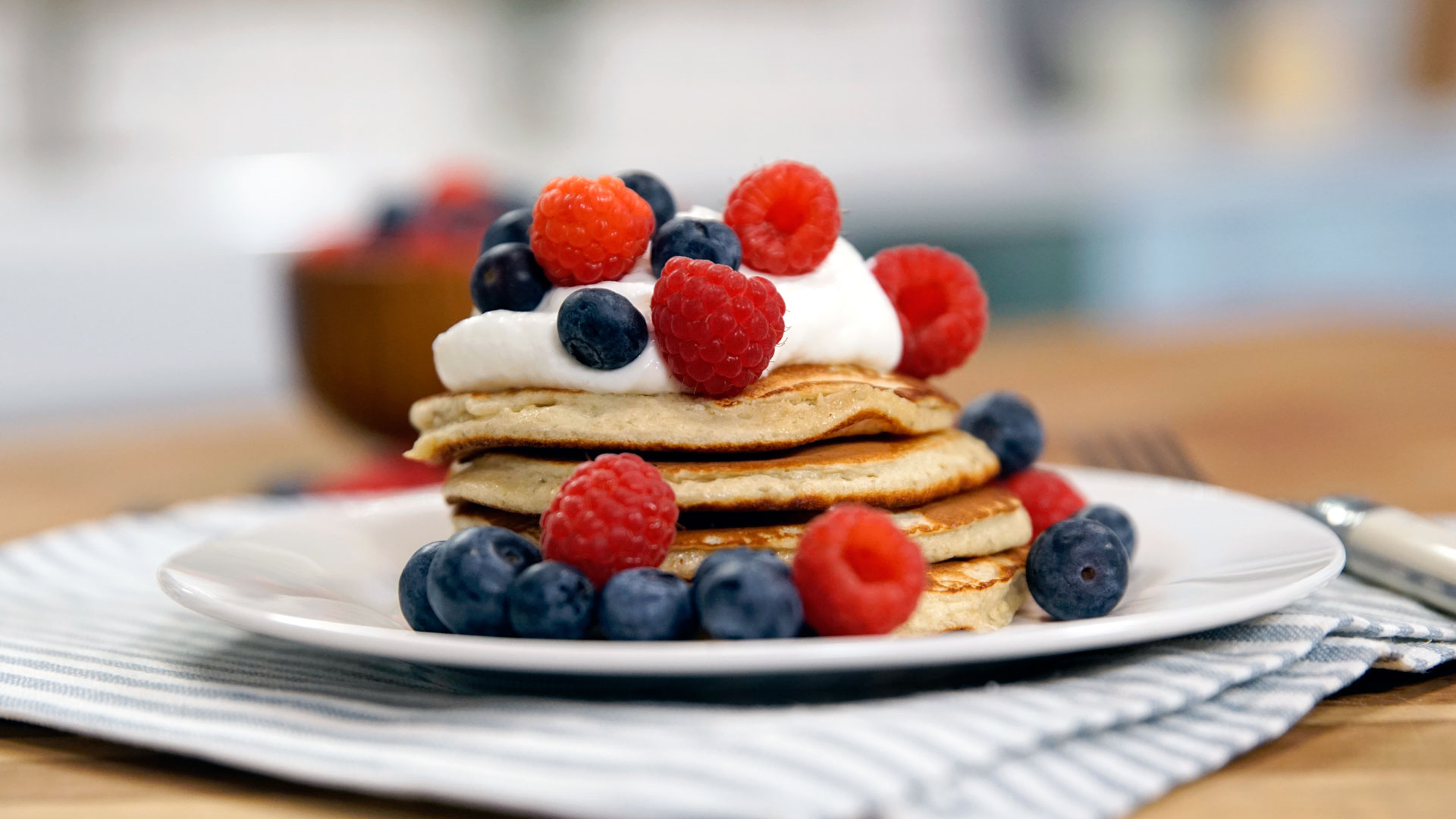 Protein pancakes recipe tastemade ccuart Image collections
