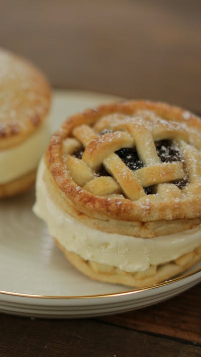 Mince Pie Ice Cream Sandwich