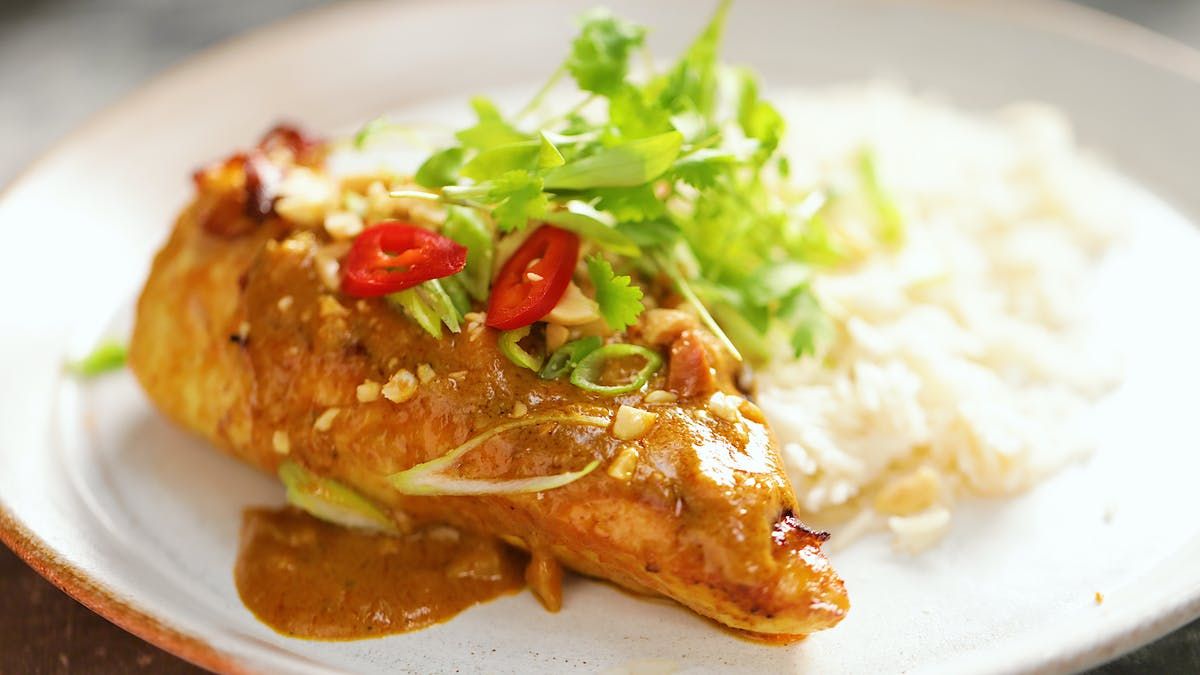 Chicken_With_Peanut_Sauce_L1.jpg