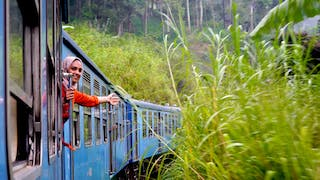 Most Beautiful Train Ride in Sri Lanka_L.jpg