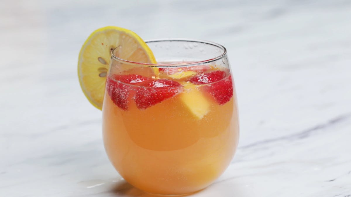 2026_cannabis-infused-strawberry-mango-sangria_l_thumb.png