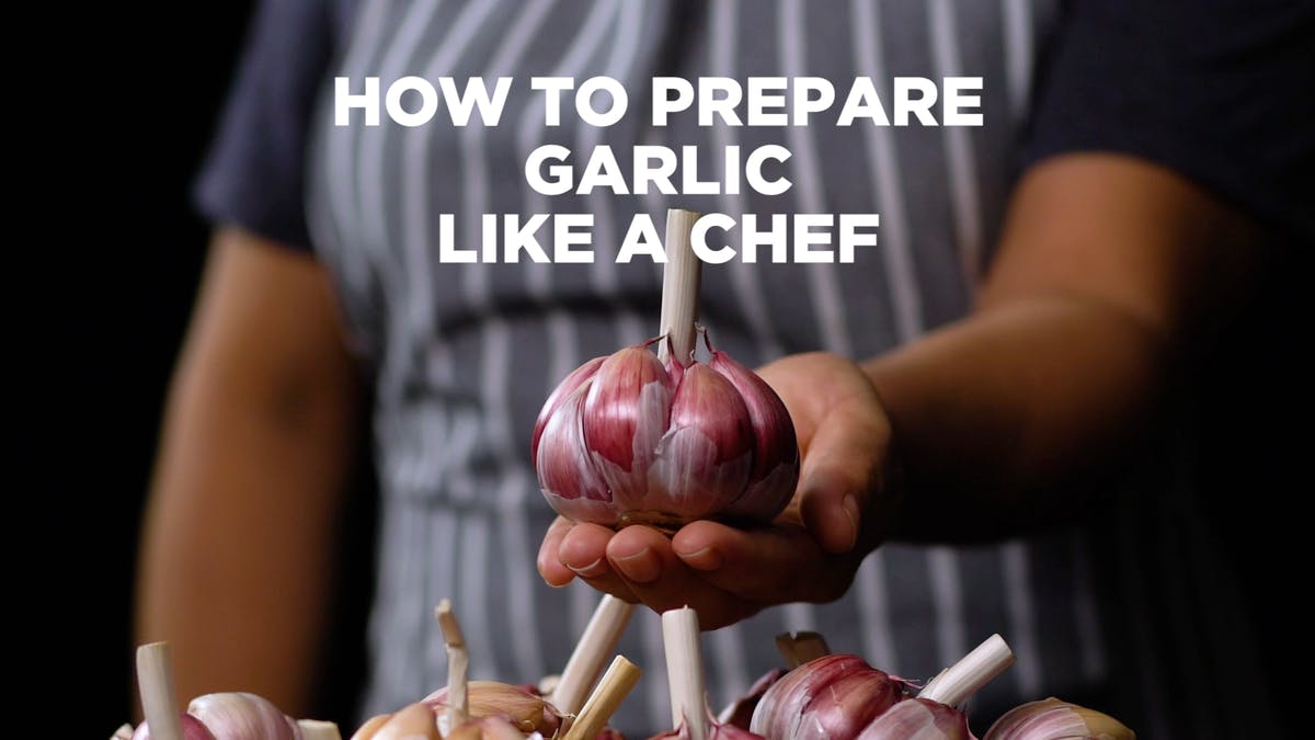 How-to-Prepare-Garlic-as-a-Chef_l_TITLED.png