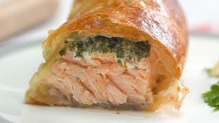 ho_221_herb-coated-salmon-in-puff-pastry_thumbnail_l_en-US.jpg