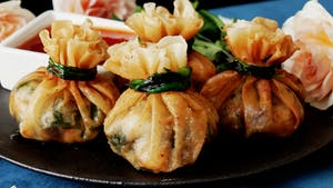 Deep-Fried Shrimp Dumpling Bundles_l.png