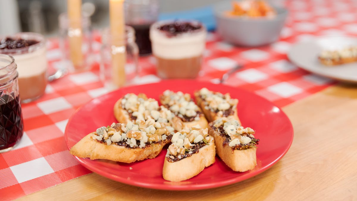 Rosemary Fig Jam & Blue Cheese Crostini Image