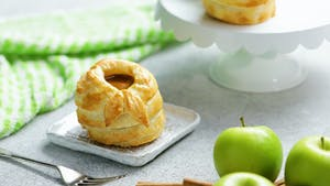 Puff_Pastry_Wrapped_Apples_Still_L.jpg