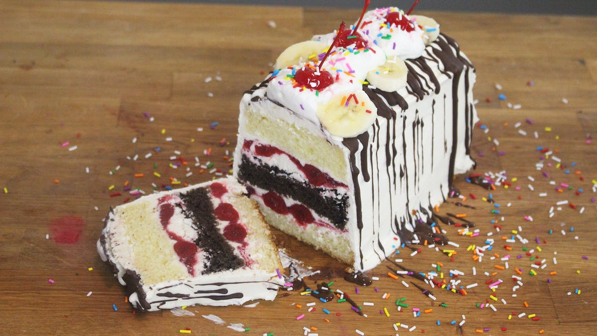 Banana-Split-Icebox-Cake_thumbnail-l.png