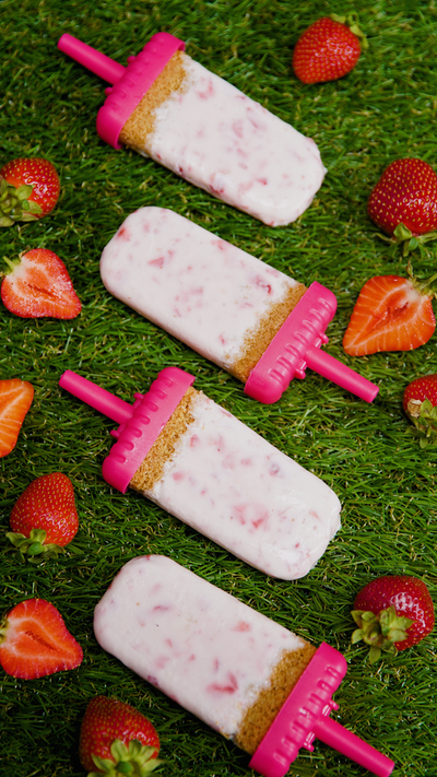 Cheesecake popsicles