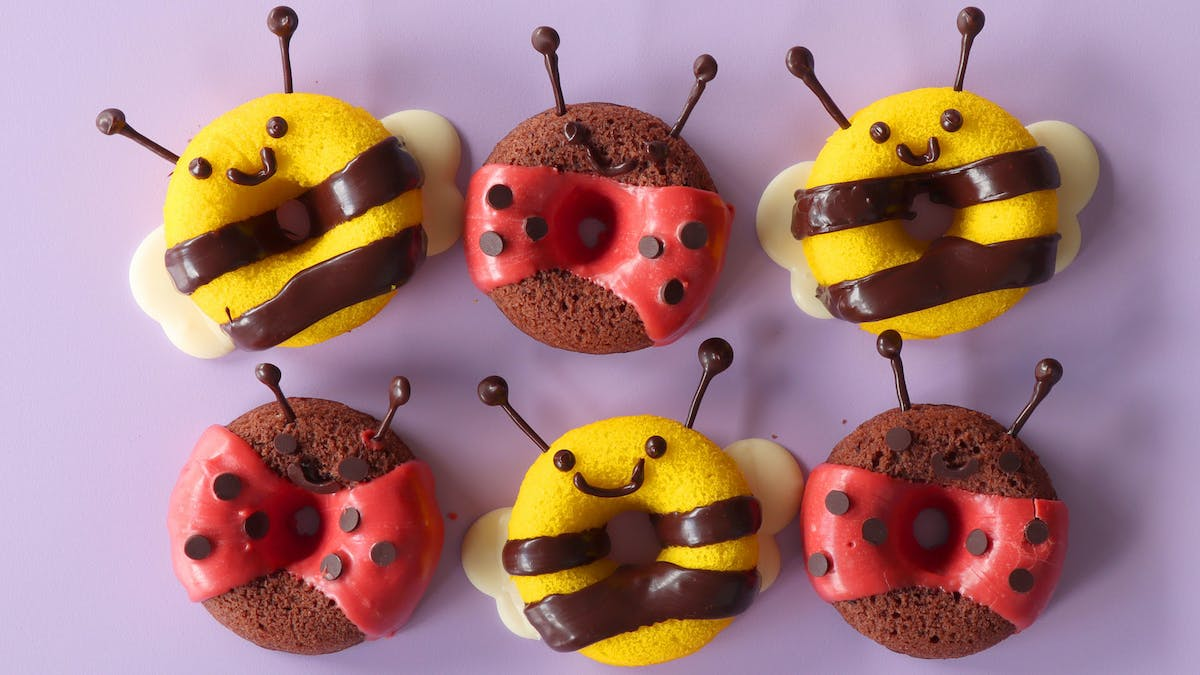lady bug cake donuts_lc.jpg