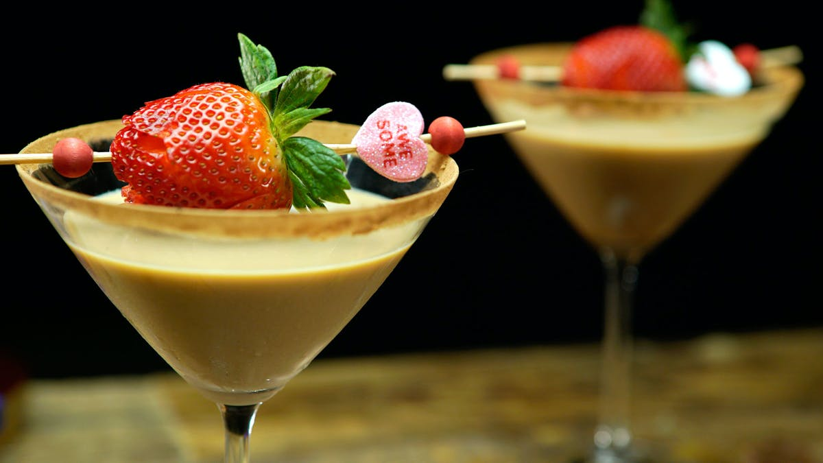 RC302_Jerelle_ChocMartini_DishLand1.jpg