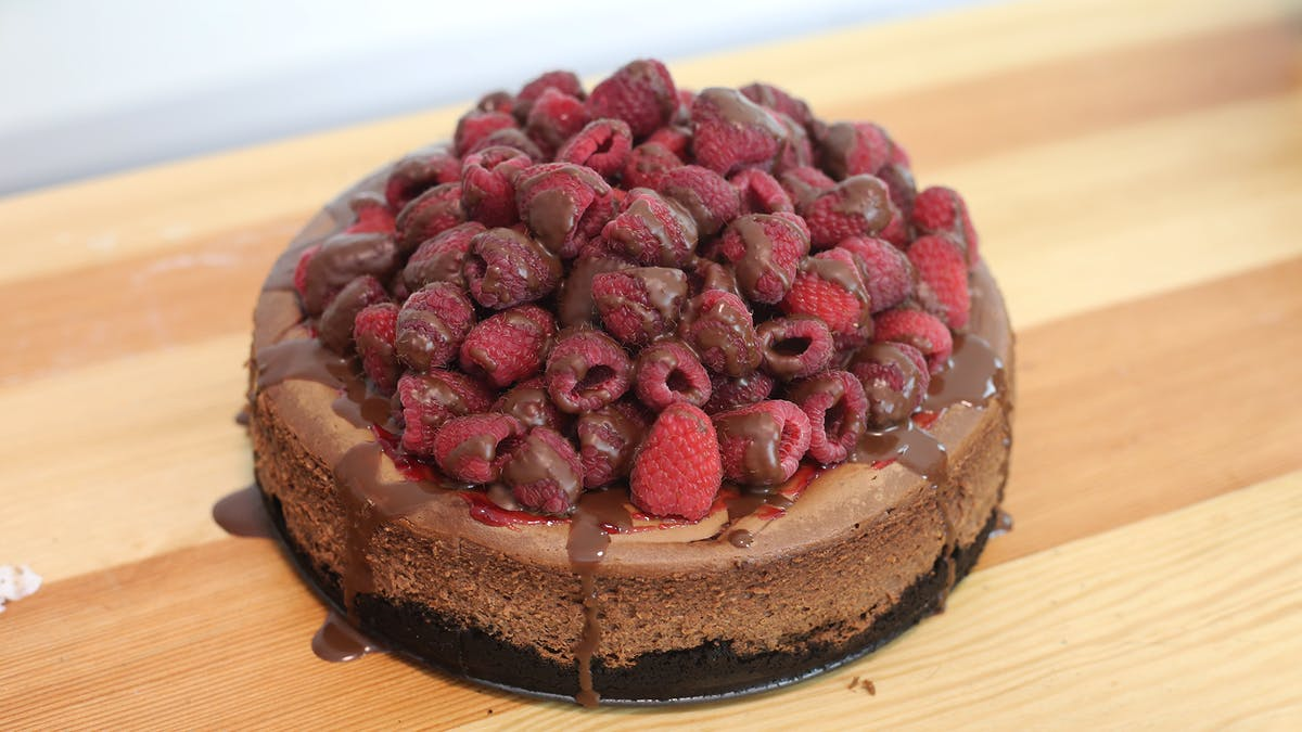 Chocolate-Raspberry-Cheesecake_thumbnail-l.png