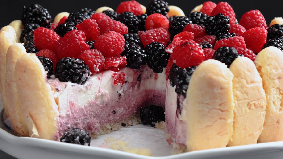 triple-berry-mousse-cake_l_thumb.png