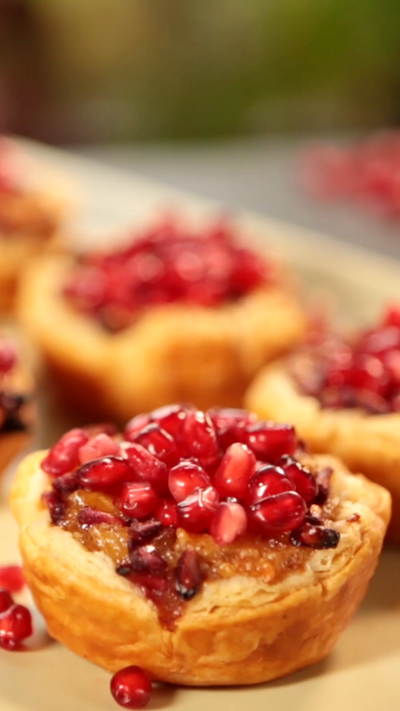 Pomegranate little pies