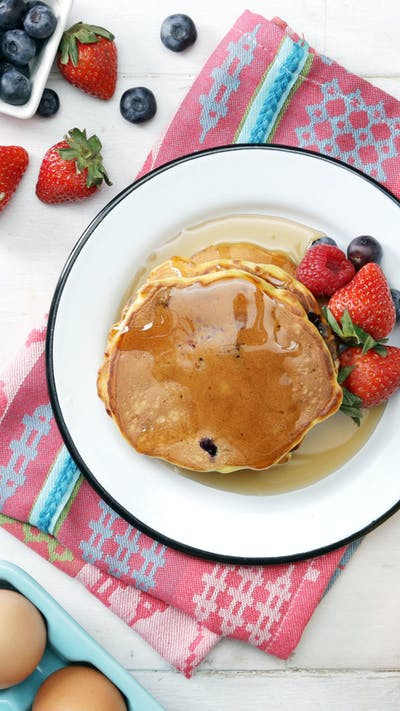 Banana, Peanut Butter, and Oat Pancakes