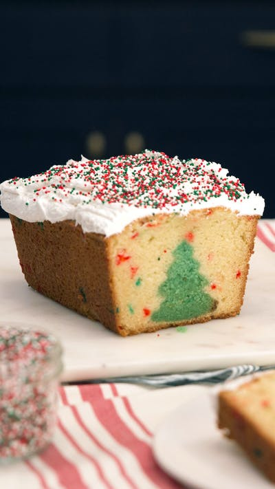 Peek-a-Boo Christmas Tree Cake