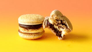 s'mores macarons_lc.jpg