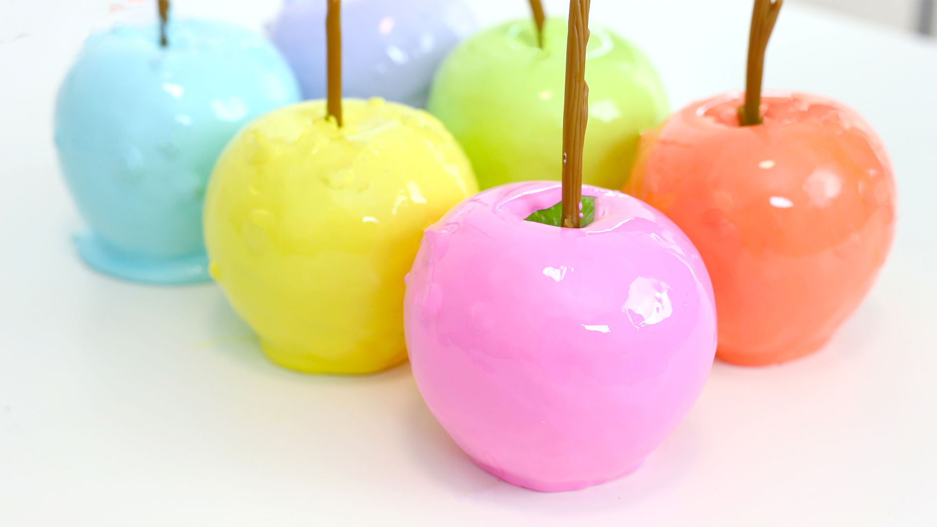 Rainbow Candy Apples