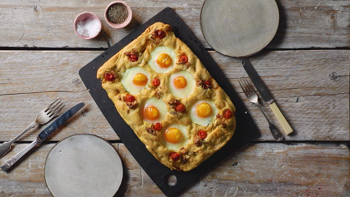 HO_Egg_in_Hole_Focaccia_LC_EN-US.00_01_13_12.Still001.png