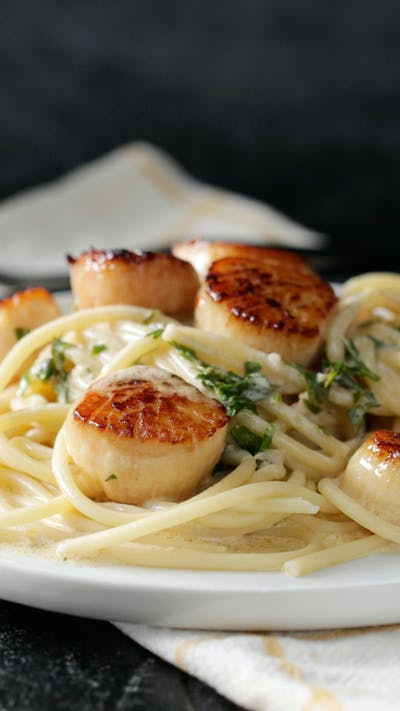 Lemon Garlic Butter Scallops