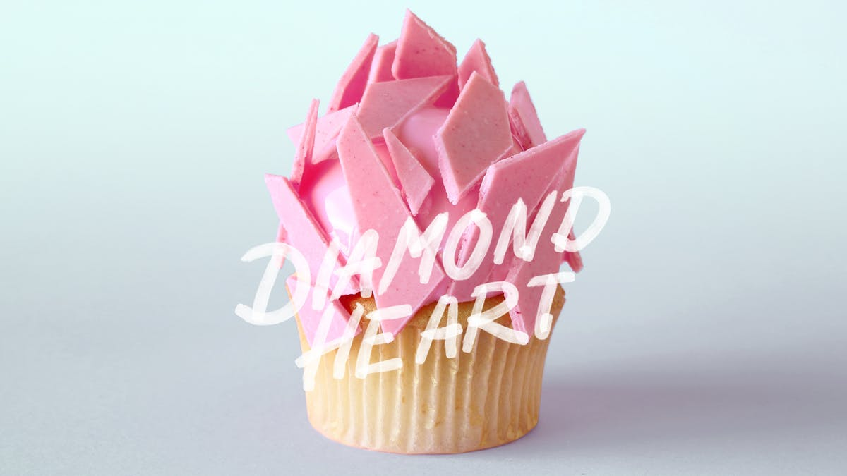 diamon-heart-cupcakes_l.jpg