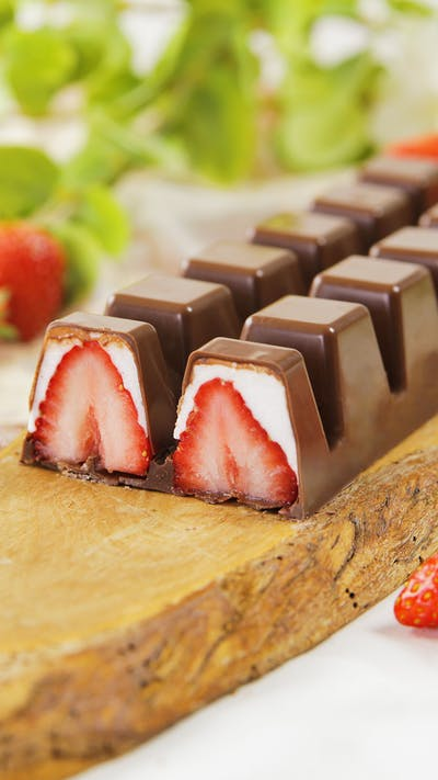 Strawberries and Cream Truffles