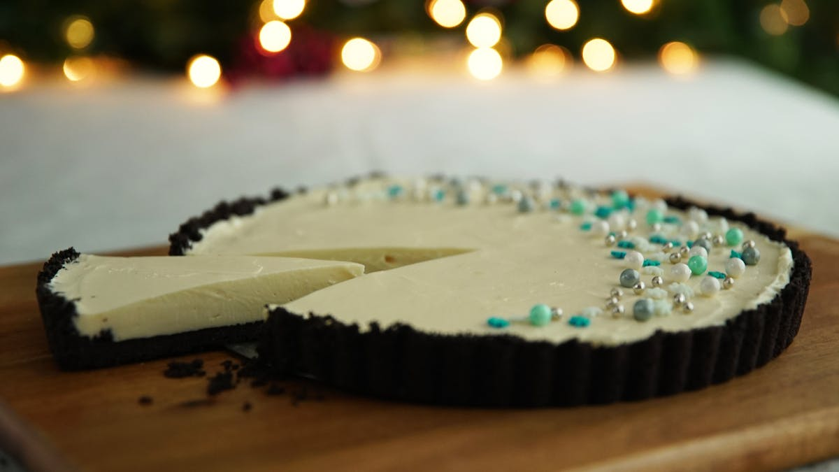White Chocolate and Peppermint Fudge Pie Image