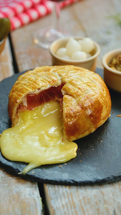 Ham and Camembert Pastry Pie