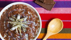 filipino-champorado_thumbnail-l.jpg