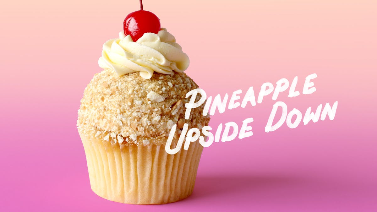 PINEAPLE UPSIDE DOWN CUPCAKES_lc.jpg