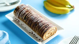 Banana_Roll_Cake_with_Cheesecake_Filling_L.jpg