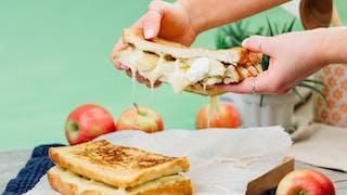 124_French-Toast-Grilled-Cheese_thumb-l.jpg