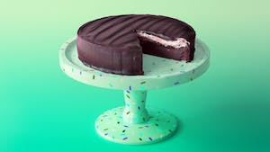 giant peppermint patty cake_lc.jpg