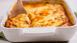 chicken-and-spinach-make-ahead-lasagna_landscapeThumbnail_en-US.png