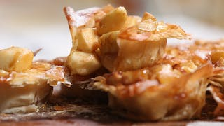 apple-and-butterscotch-filo-pies_landscapeThumbnail_en-UK.png