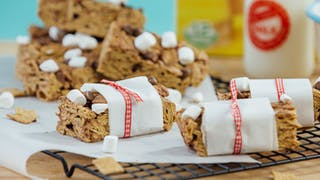 Breakfast-Bars_landscapeThumbnail_en-UK.jpeg