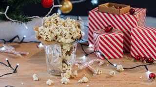 white-chocolate-peppermint-popcorn_landscapeThumbnail_en-UK.jpeg
