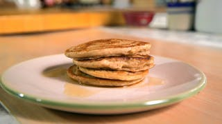 simple-multigrain-pancakes_landscapeThumbnail_en-UK.png