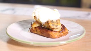 pain-perdu-with-caramelized-bananas_landscapeThumbnail_en-UK.png
