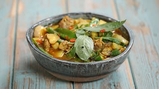 chicken-coconut-curry_landscapeThumbnail_en-US.png