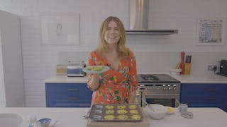 courgette-and-halloumi-mini-frittatas_landscapeThumbnail_en-UK.png
