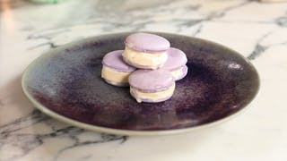 ice-cream-macarons_landscapeThumbnail_en-UK.jpeg