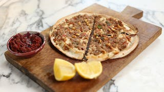 Flatbread-pizza_landscapeThumbnail_en-UK.jpeg