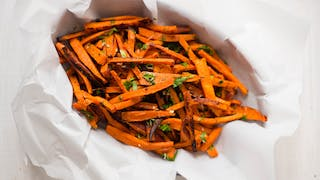 GARLIC AND HERB SWEET POTATO FRIES HIGH RES IMAGE 1920X1080