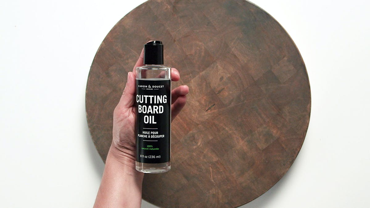 1604_CuttingBoardOil_Land1.jpg