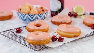 079_Cherry-Lemonade-Doughnuts_thumb-l.jpg