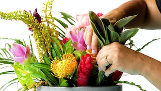 3043_Floral-Arrangement_Land1.jpg
